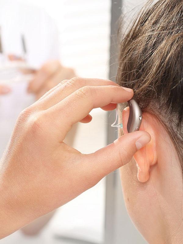 Besser hören - Hörgerät Probetragen